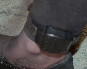 GPS браслет на ногу