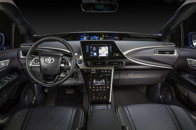Toyota Mirai 13